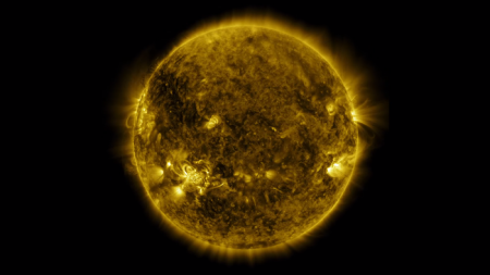 NASA показало год из жизни Солнца