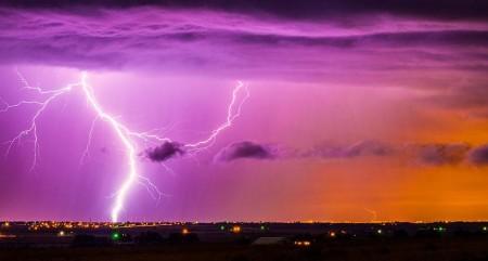 ag_cosmic-lightning_main_free