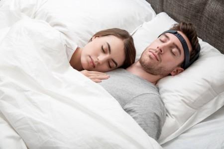 Представлено устройство улучшающее качество сна звуком