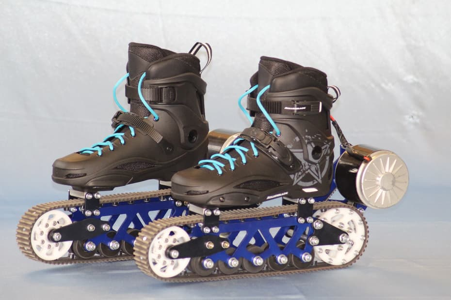 ev4-electric-off-road-rollerblades-1