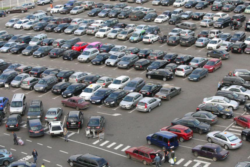 В Днепре появится проект правил парковки