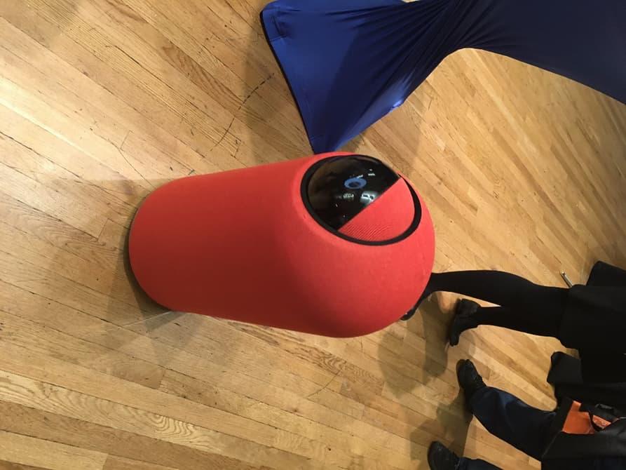 Представлен робот личный помощник