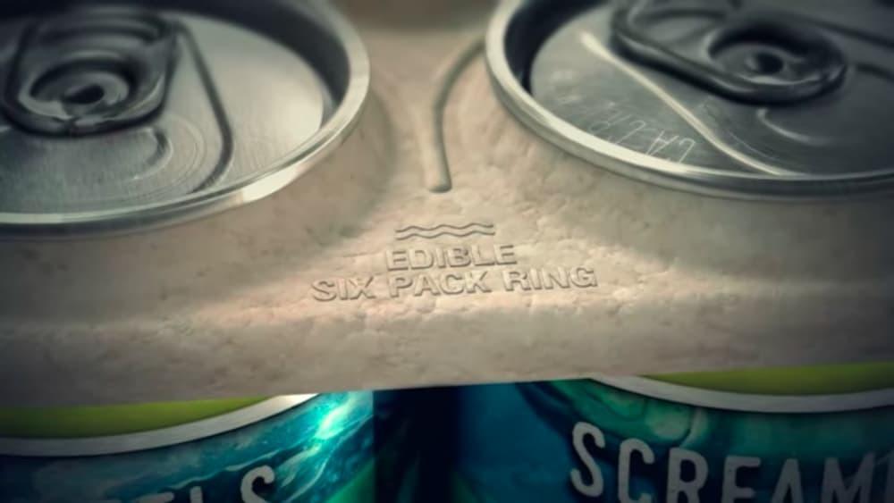 Пивовары создали съедобную упаковку для пивных банок