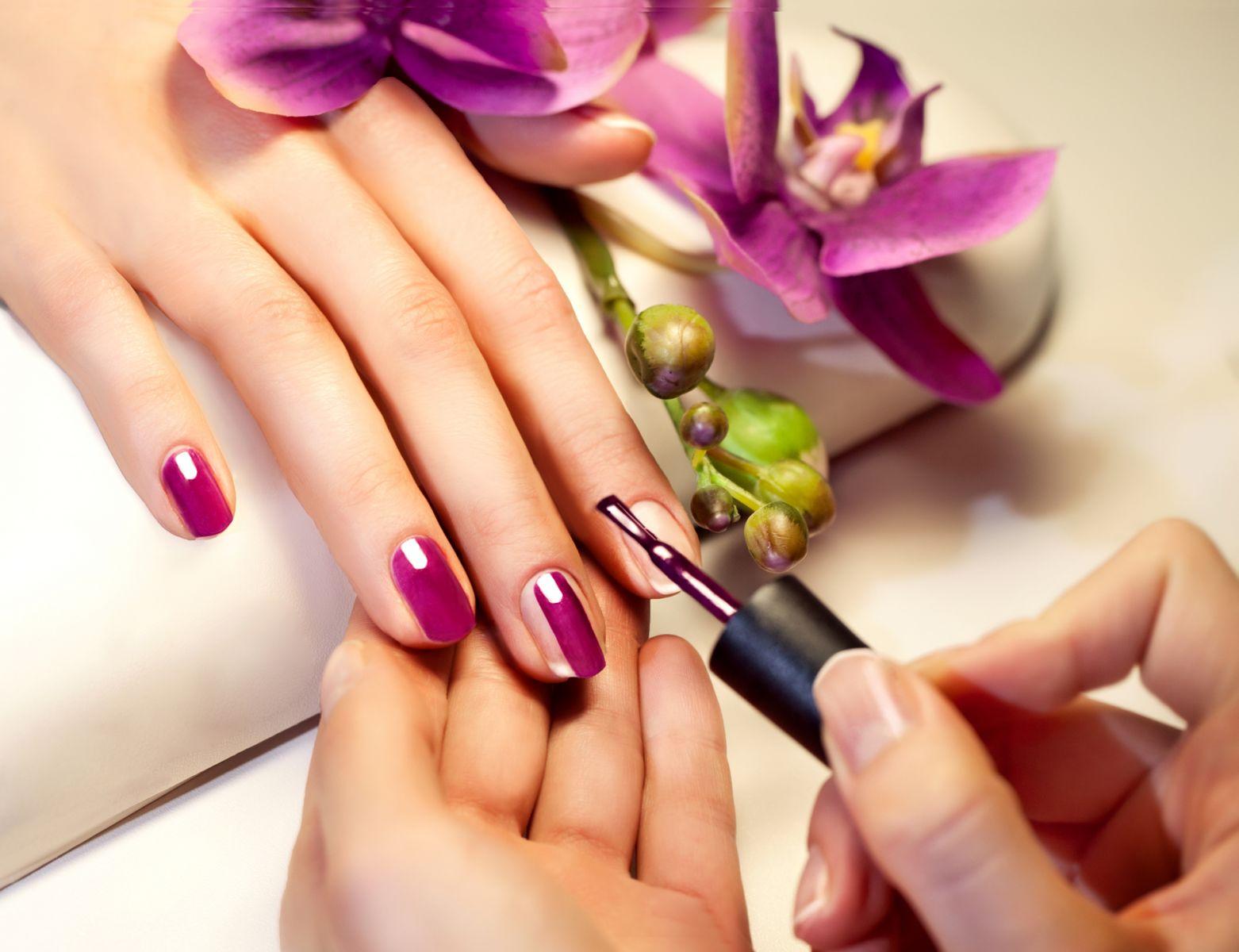 001-Manicure
