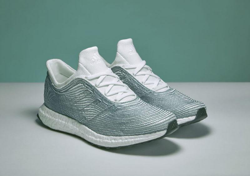 Adidas выпустит кроссовки из мусора