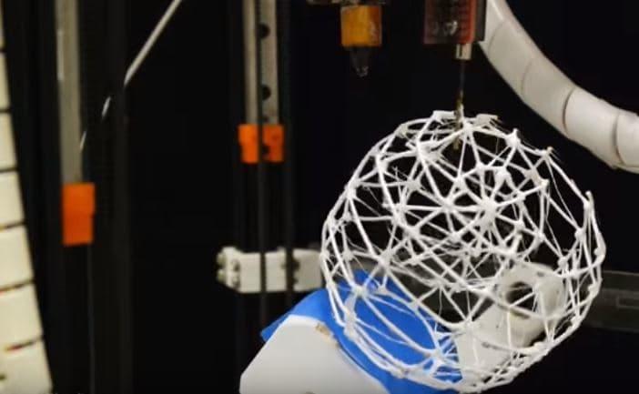 Создана 3D печать, проектировать объект в которой можно во время печати
