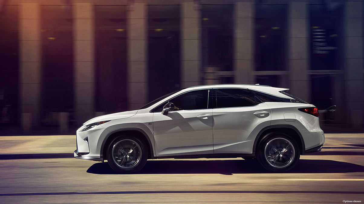 Lexus-RX-fsport-ultra-white-gallery-overlay-1204x677-LEXRXGMY160038