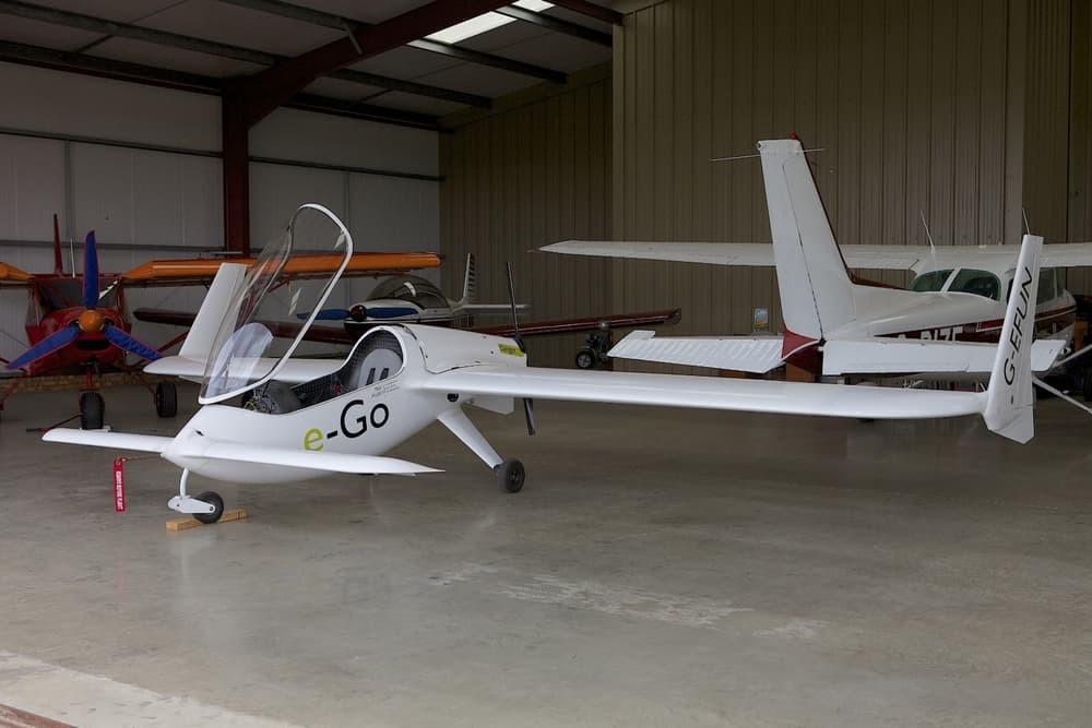 В продажу поступили первые электро-самолеты