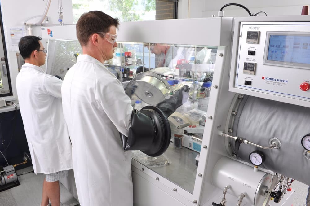 Обнаружен метод обработки литий-ионных батарей повышающий КПД