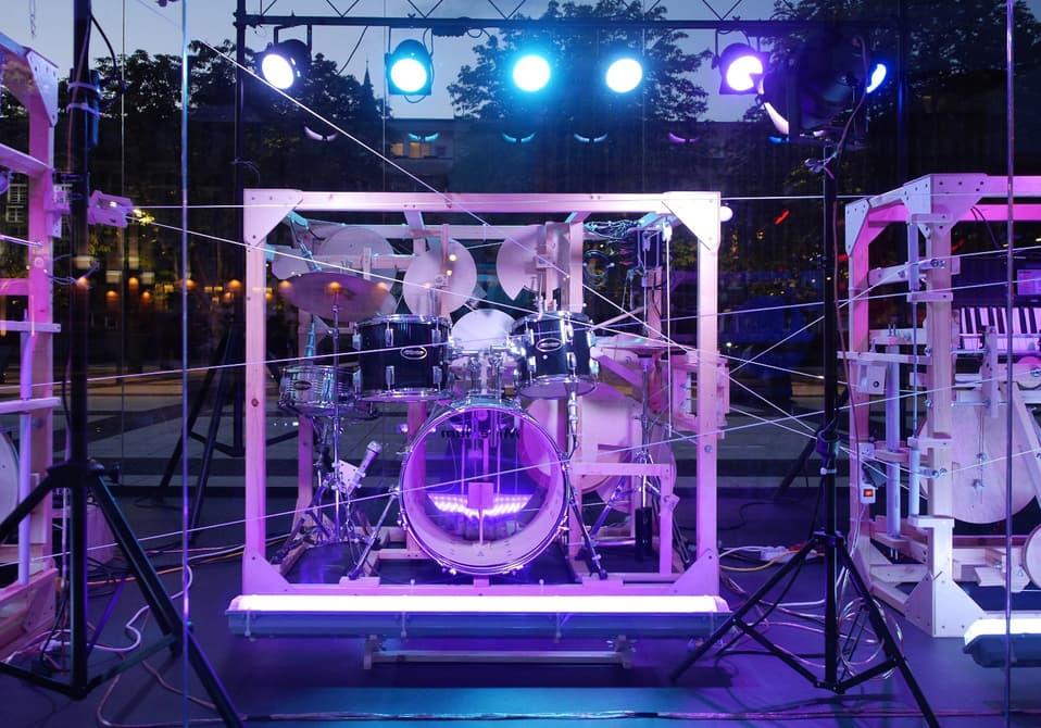 В Польше энтузиаст собрал гигантскую музыкальную шкатулку