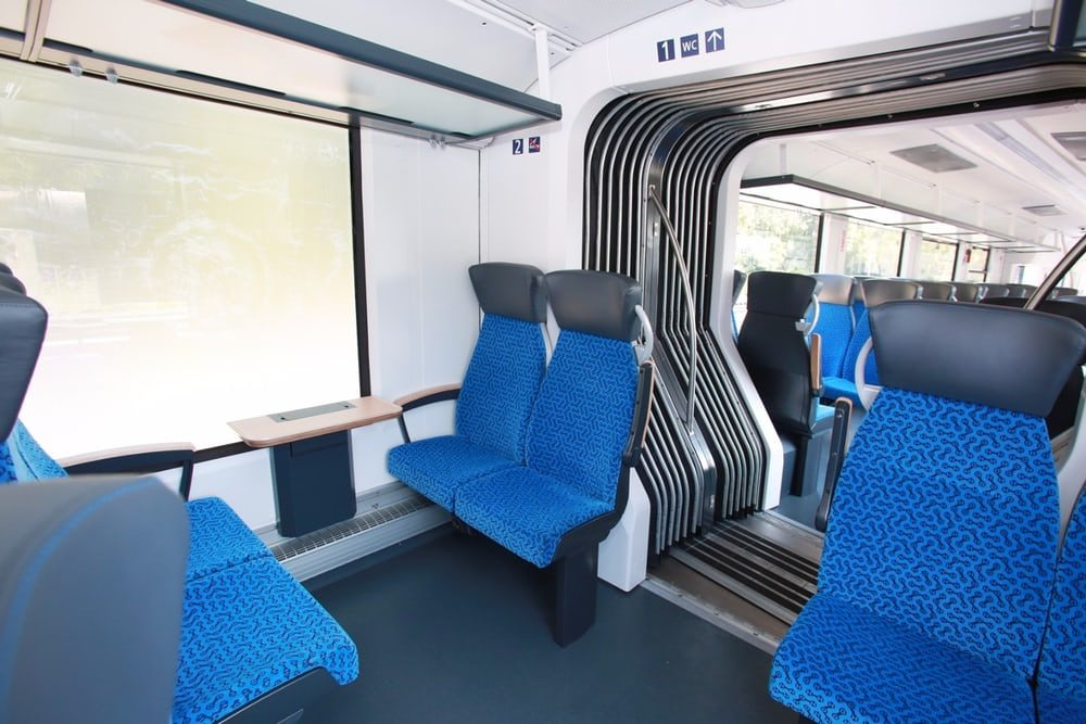 Построен поезд работающий на водороде
