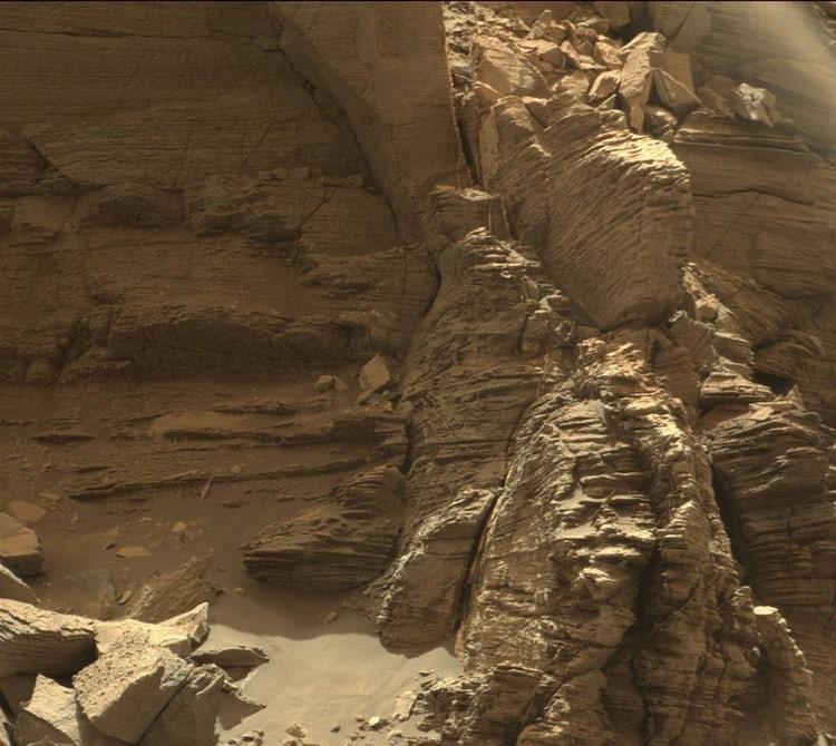 Новые цветные кадры сМарса