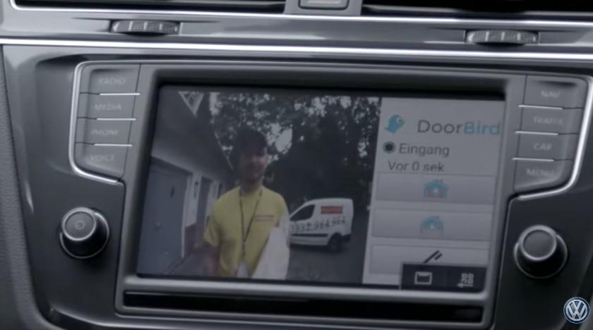 Volkswagen создал систему сообщения между домофоном и авто-дисплеем