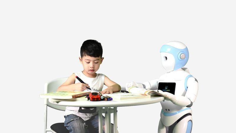 Создан робот-няня