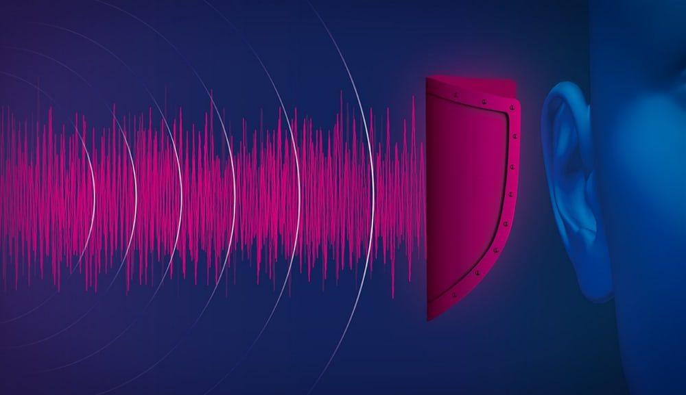 Mercedes использует розовый шум для защиты слуха при аварии
