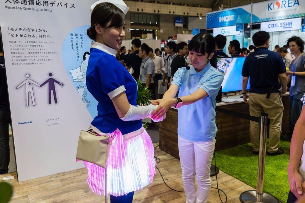 Panasonic представляет абсолютно новую технологию передачи данных