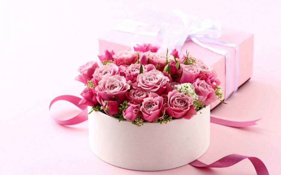 Цветы в коробке – изысканный подарок и оригинальный сюрприз