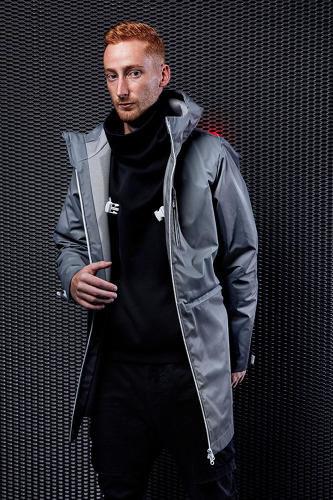 Представлена инновационная куртка-гаджет