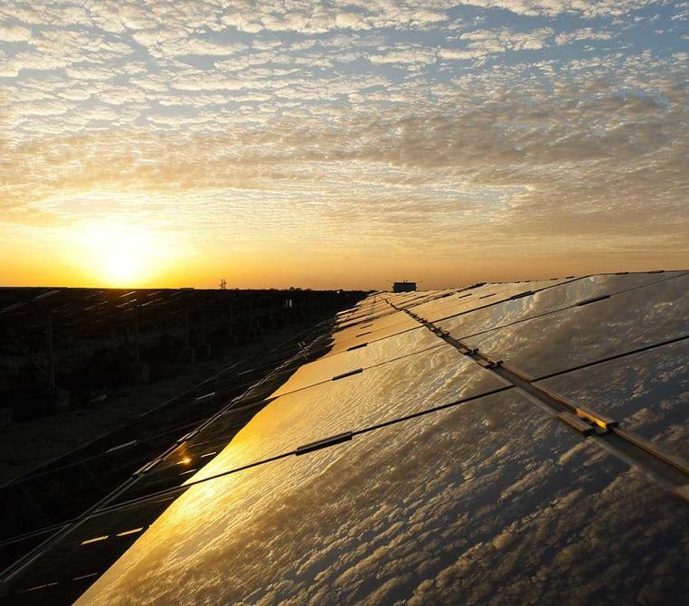 ВИндии завершилось строительство крупнейшей вмире солнечной электростанции