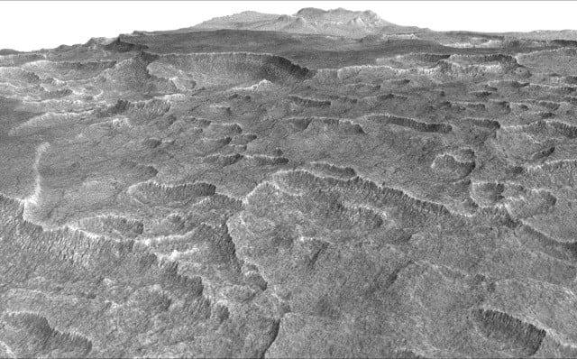 На Марсе нашли много легкодоступной замороженной воды