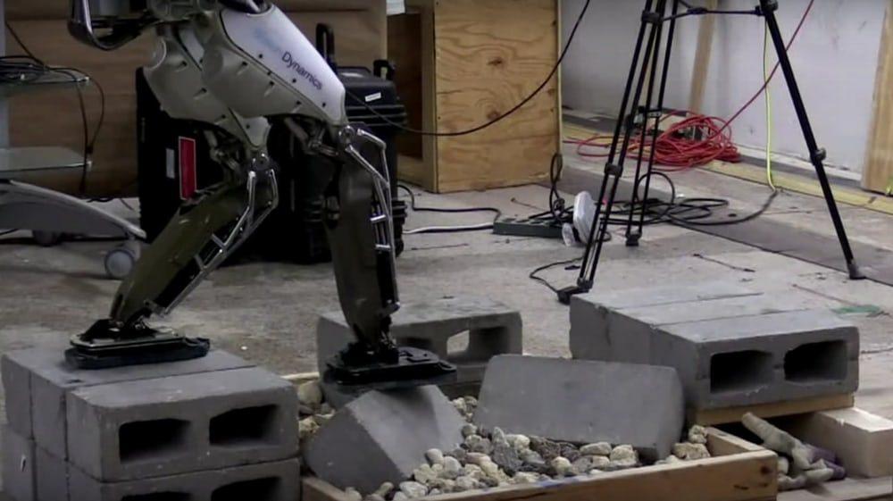Робот Atlas получил почти идеальную балансировку