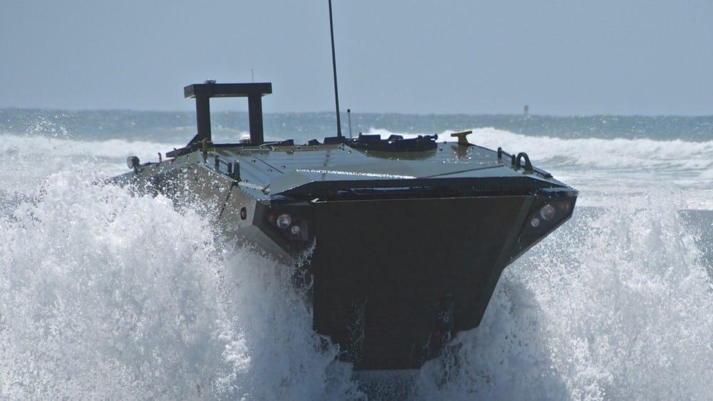 В США представили новый бронетранспортер-амфибию