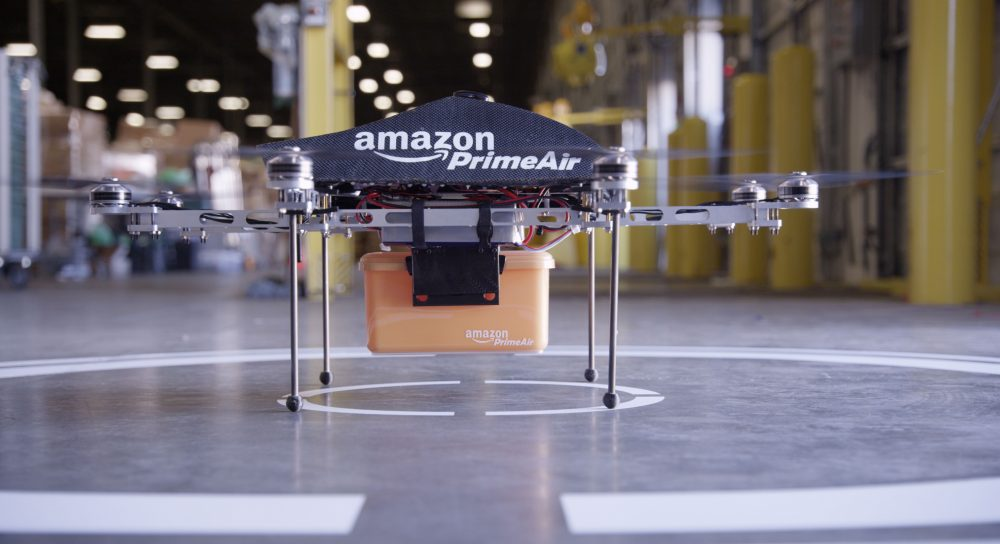 Amazon все-таки начала доставку дронами