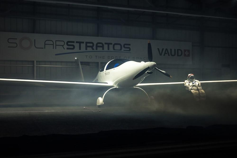Швейцарский пилот сконструировал самолет насолнечных батареях