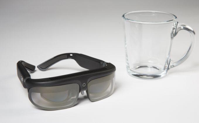 Представлены потребительские очки дополненой реальности