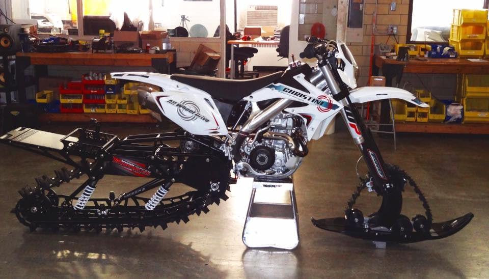 Создана зимняя замена колесам мотоциклов и велосипедов