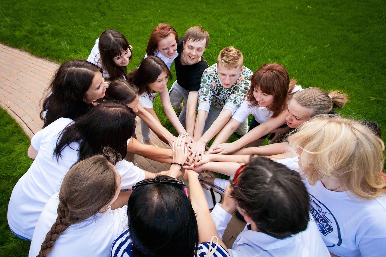 Конкурсы для молодежи в помещении