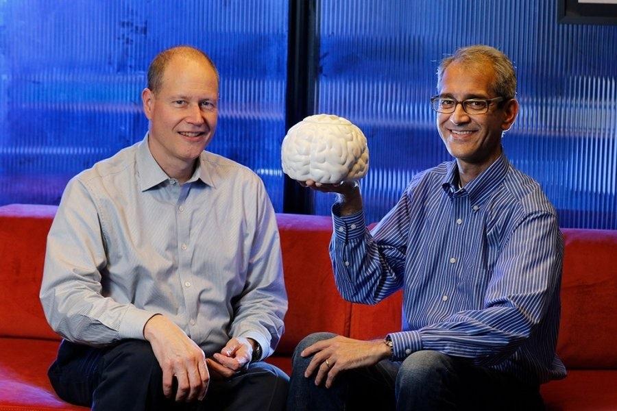Ученые создали микрочип, позволяющий парализованным печатать силой мысли
