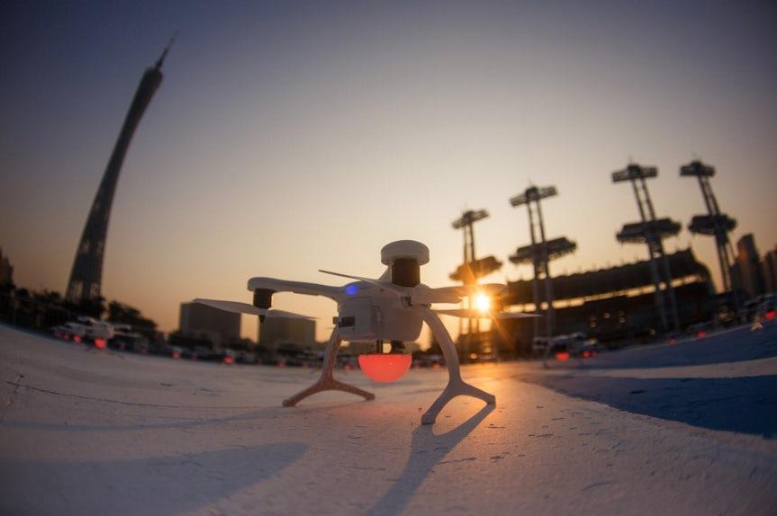 В Китае поднялось в воздух рекордное число дронов