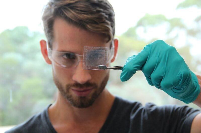 Ученые превратили соевое масло в графен