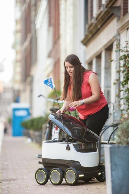 В Европе пиццу будут доставлять с помощью автономных роботов