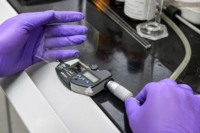 Разработана самовоcстанавливающаяся полимерная мембрана