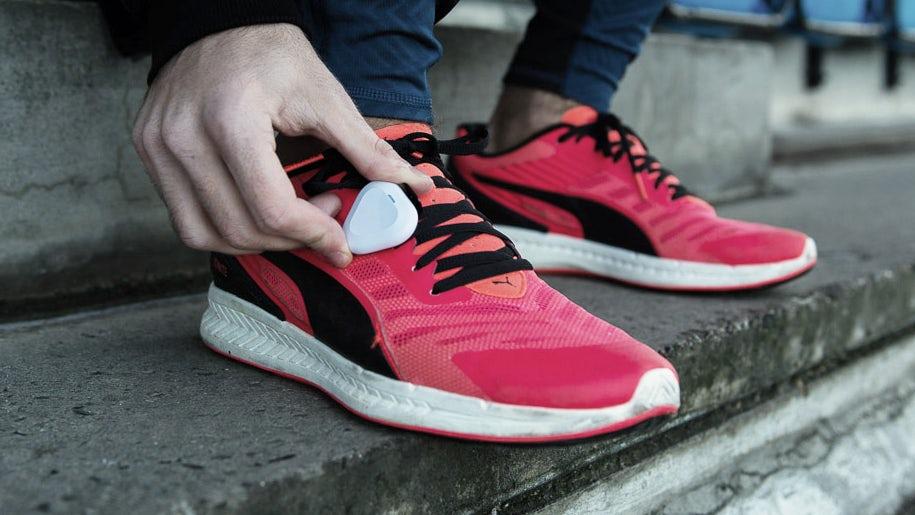 Представлен фитнес-трекер, который может тренировать бегунов