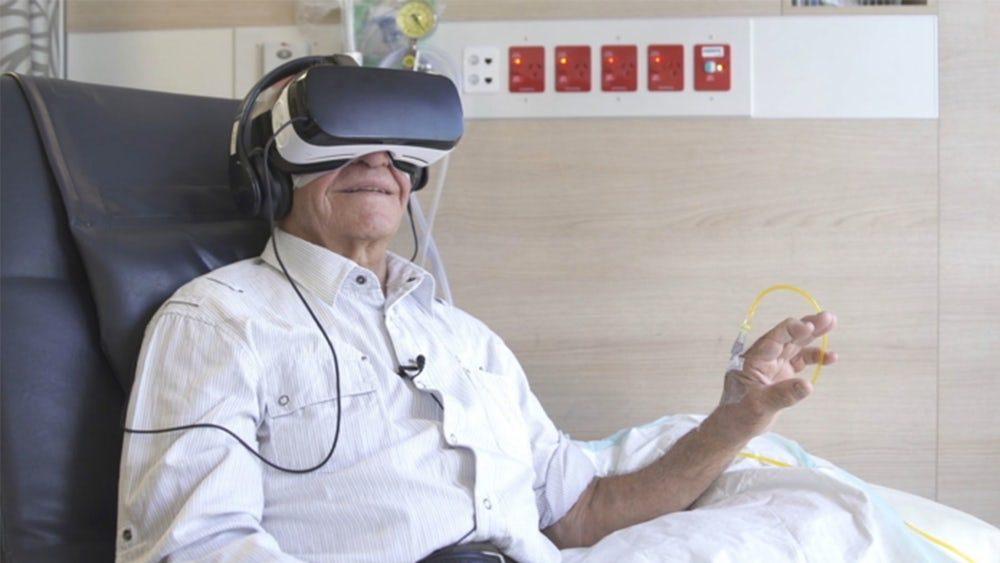 В Австралийской больнице снимают стресс при помощи VR