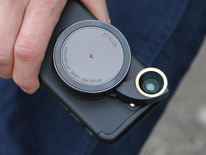 Выпущен новый объектив с разными линзами для iPhone 7