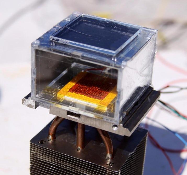 Разработан аппарат для извлечения воды из воздуха