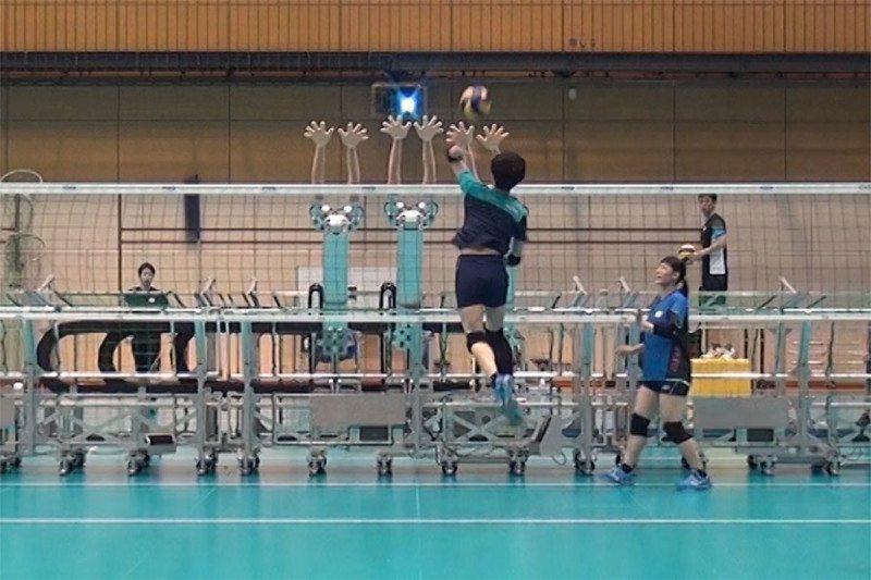 В Японии появился робот для тренировки волейболистов