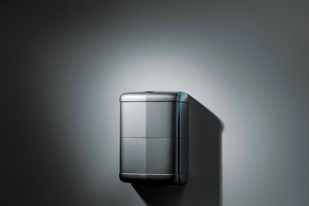 Компания Mercedes представила домашнюю систему хранения солнечной энергии