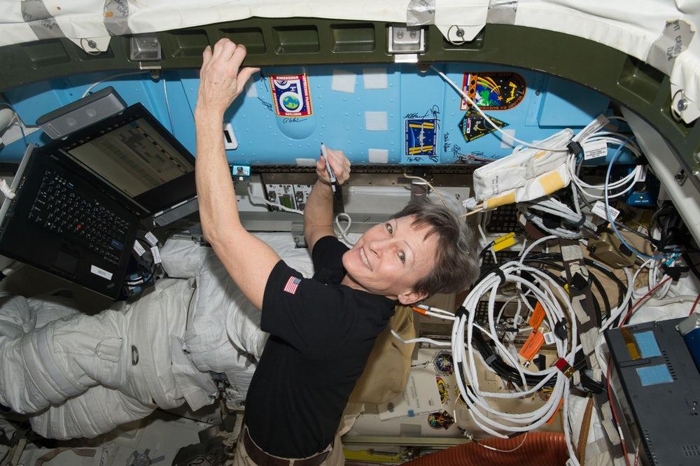 Женщина-астронавт установила рекорд по времени пребывания на орбите