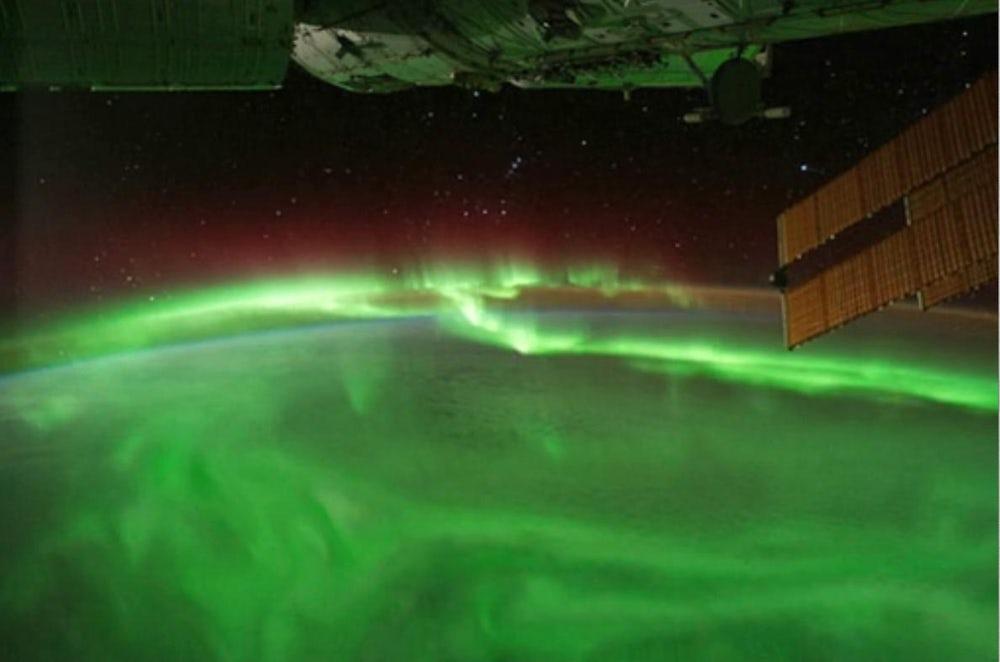 Hubble запечатлел полярные сияния наУране