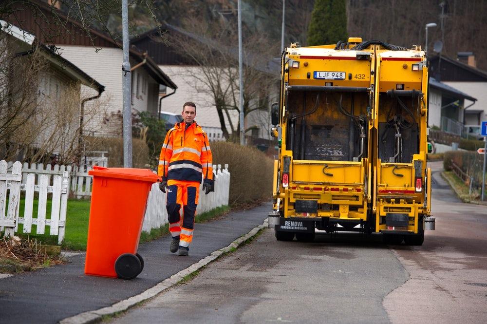 Volvo тестирует автономный мусоровоз