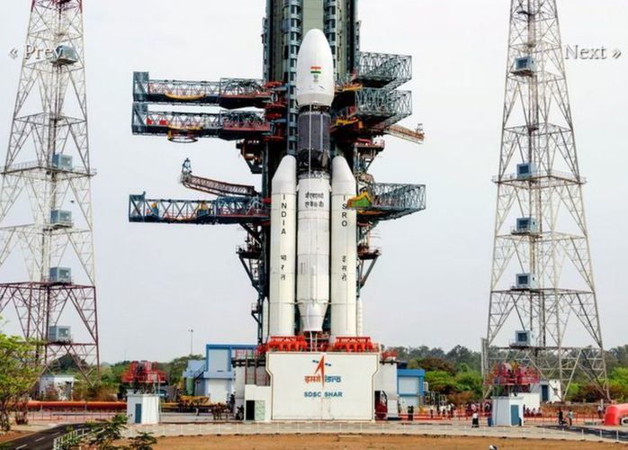Индия успешно запустила в космос тяжелую ракету