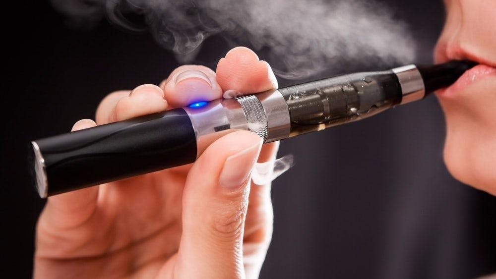 Электронные сигареты практически невызывают привыкания— Ученые