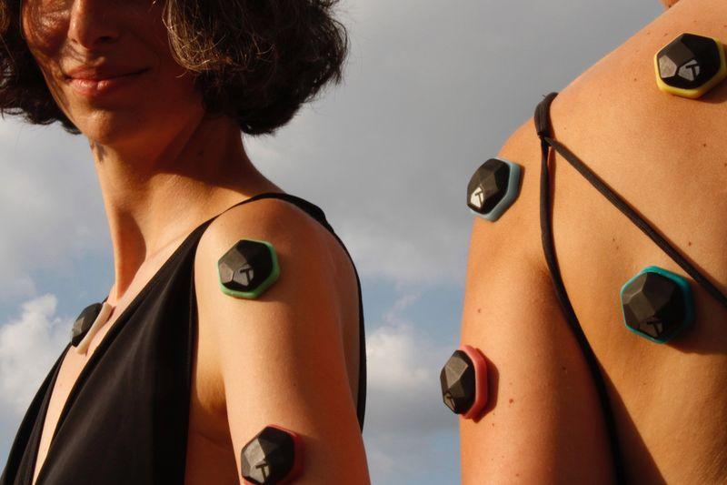 Студенческий проект позволит слушать музыку кожей