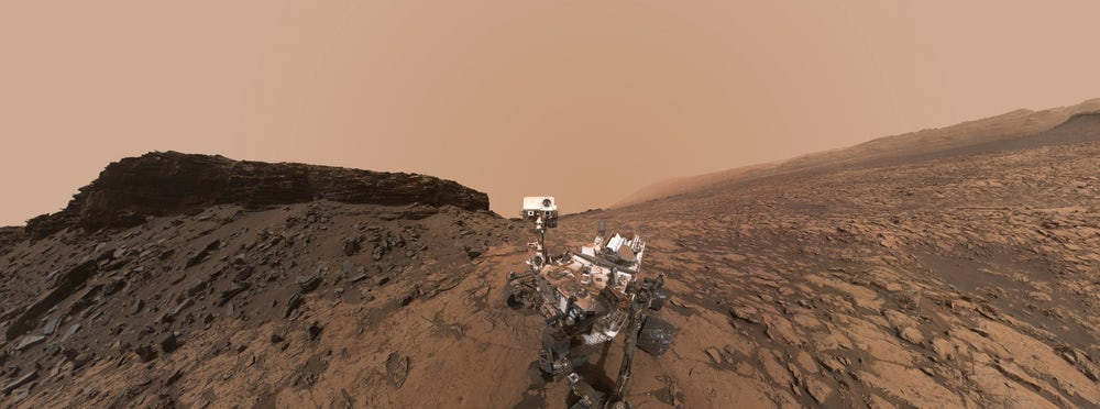 Curiosity прислал фотографии марсианских облаков
