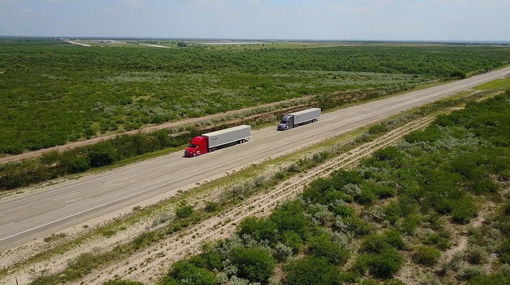 Daimler протестирует в США автономную систему вождения для грузовиков